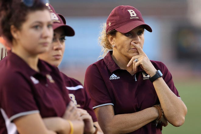 """Brebeuf Jesuit coach Angela Berry White said she told her team at halftime, """"defense, you can bend but you can't break'."""