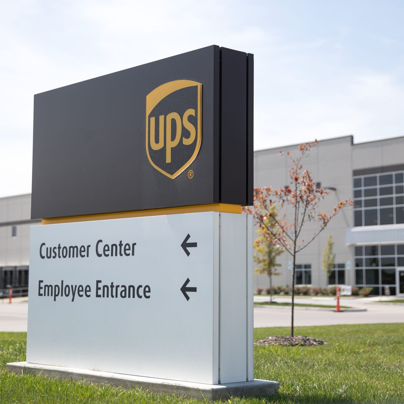 The sound of construction work halting at UPS' Plainfield hub: 'We rise together, homie!'