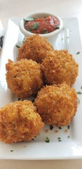 Vegan Mac and Cheese Croquettes