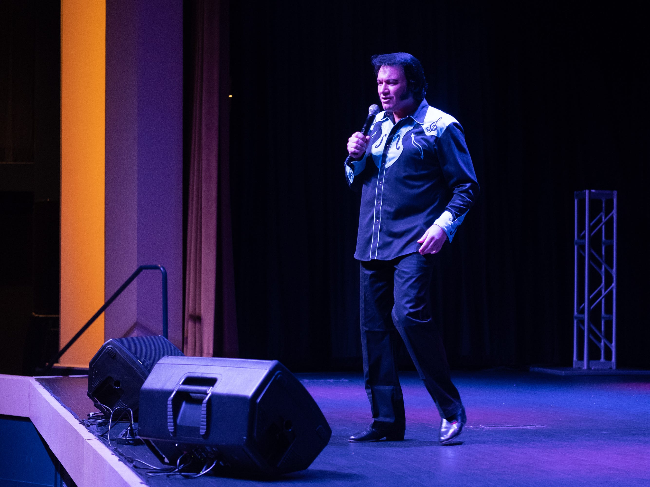 "Tim E. Hendry, who won the Collingwood Elvis Festival, sings ""Please Release Me."""