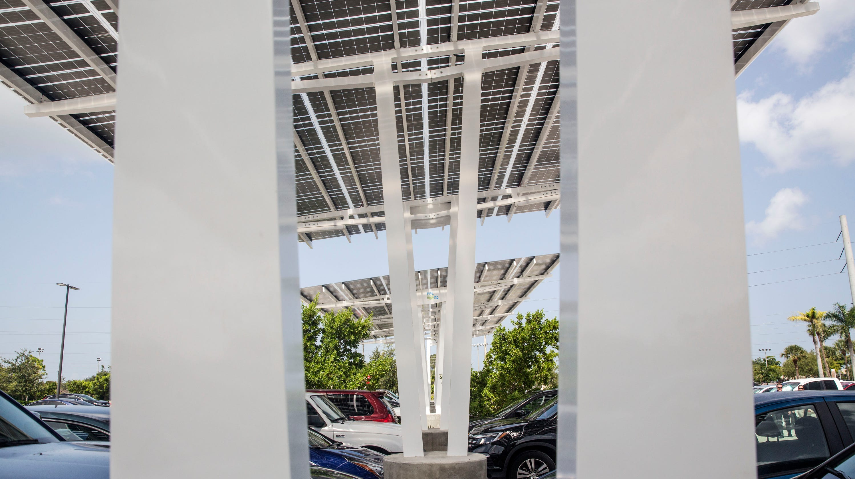 Solar City Florida >> Florida Cities Embracing Solar Power But Naples Isn T One Of Them Yet