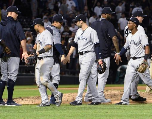 Yankees White Sox Baseball 11