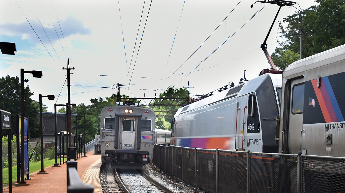 Man falls out of NJ Transit train when doors open on wrong side at Secaucus station