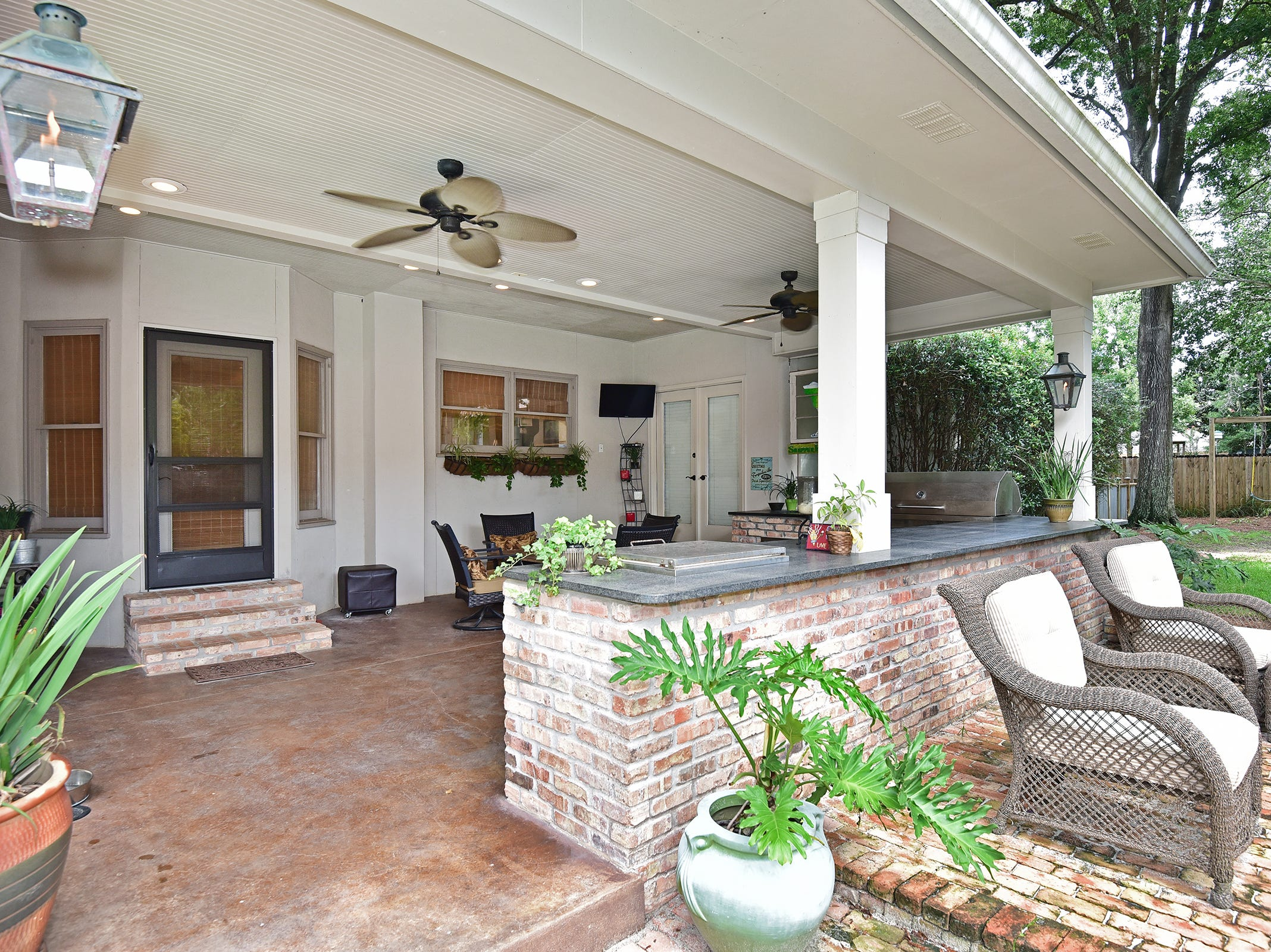 2474 Semur Rd., the outdoor space is perfect for meals al fresco.