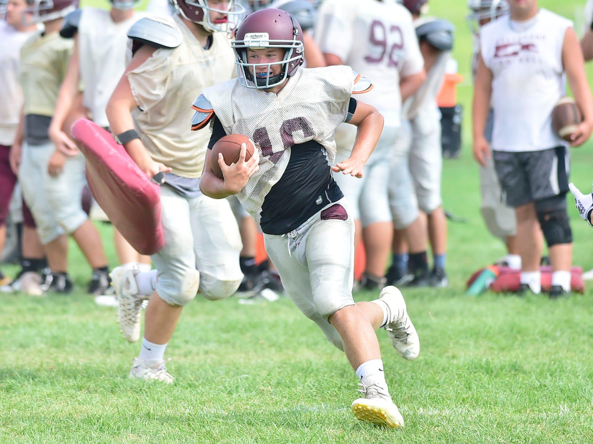 Quick hits: Shippensburg confident despite unresolved quarterback battle
