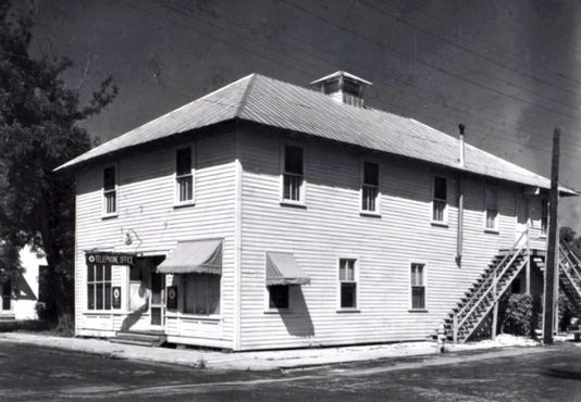 0815-YNMC-HV-Woodmen Hall Telephone