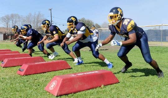 Santa Clara High football was coming off a Frontier League championship as it prepared for its first season in the Citrus Coast League, a year ago. This year, declining numbers have forced it to play eight-man football.