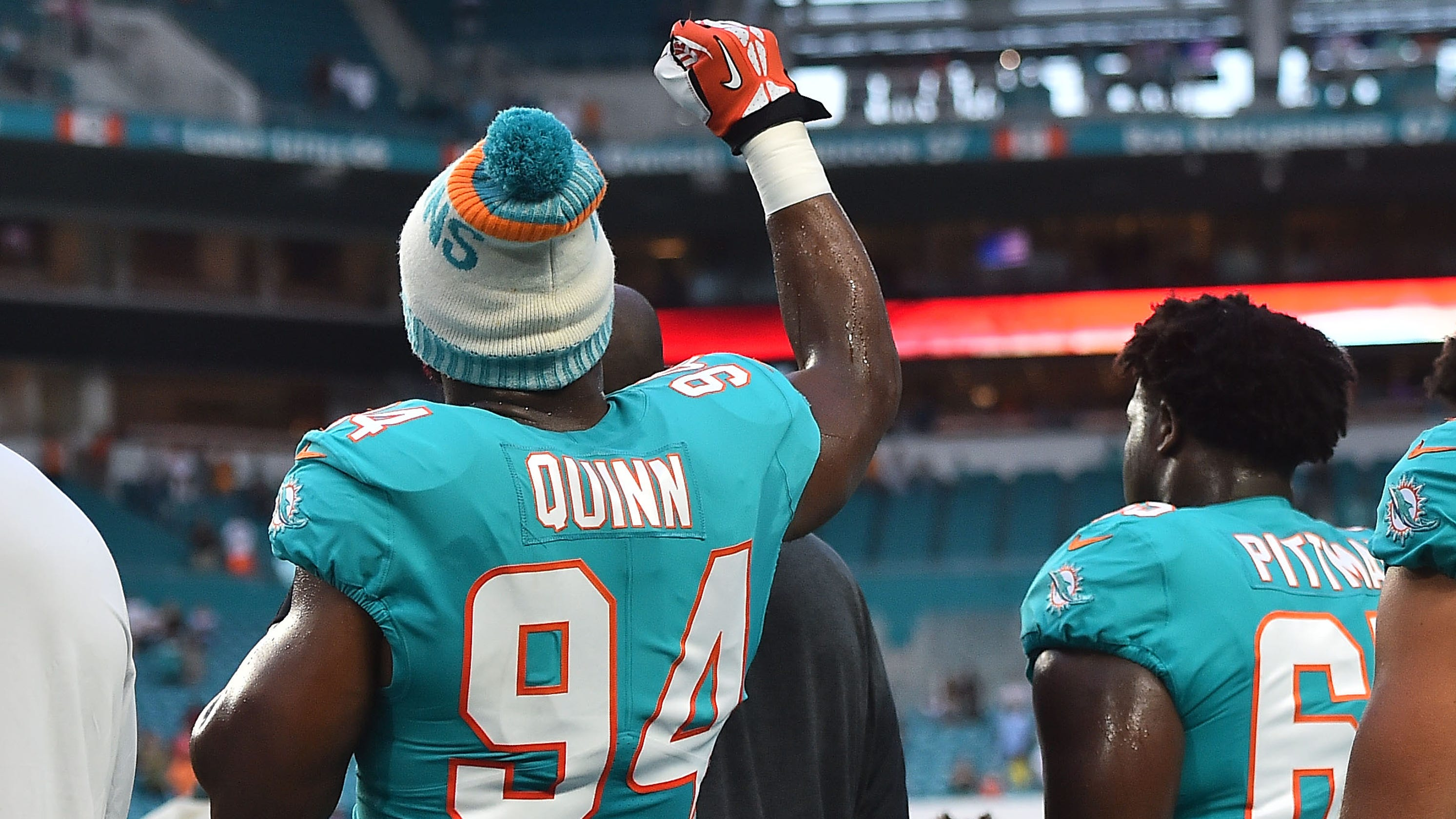 Cool Pictures Of Nfl Players Search: Donald Trump Tweets NFL Players: 'Be Happy, Be Cool