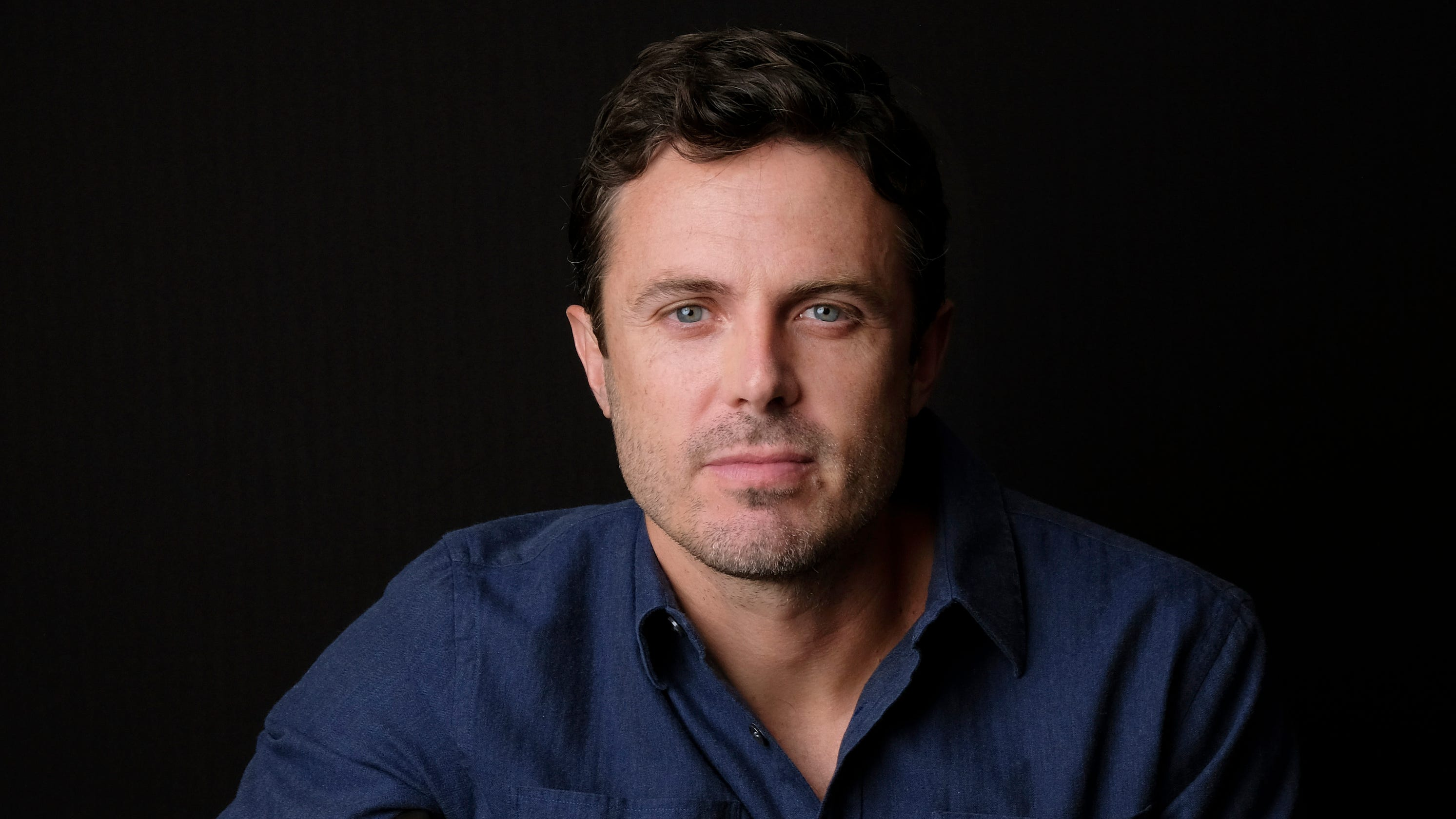 Casey Affleck on harassment allegations: 'I behaved in a way that was really unprofessional' thumbnail