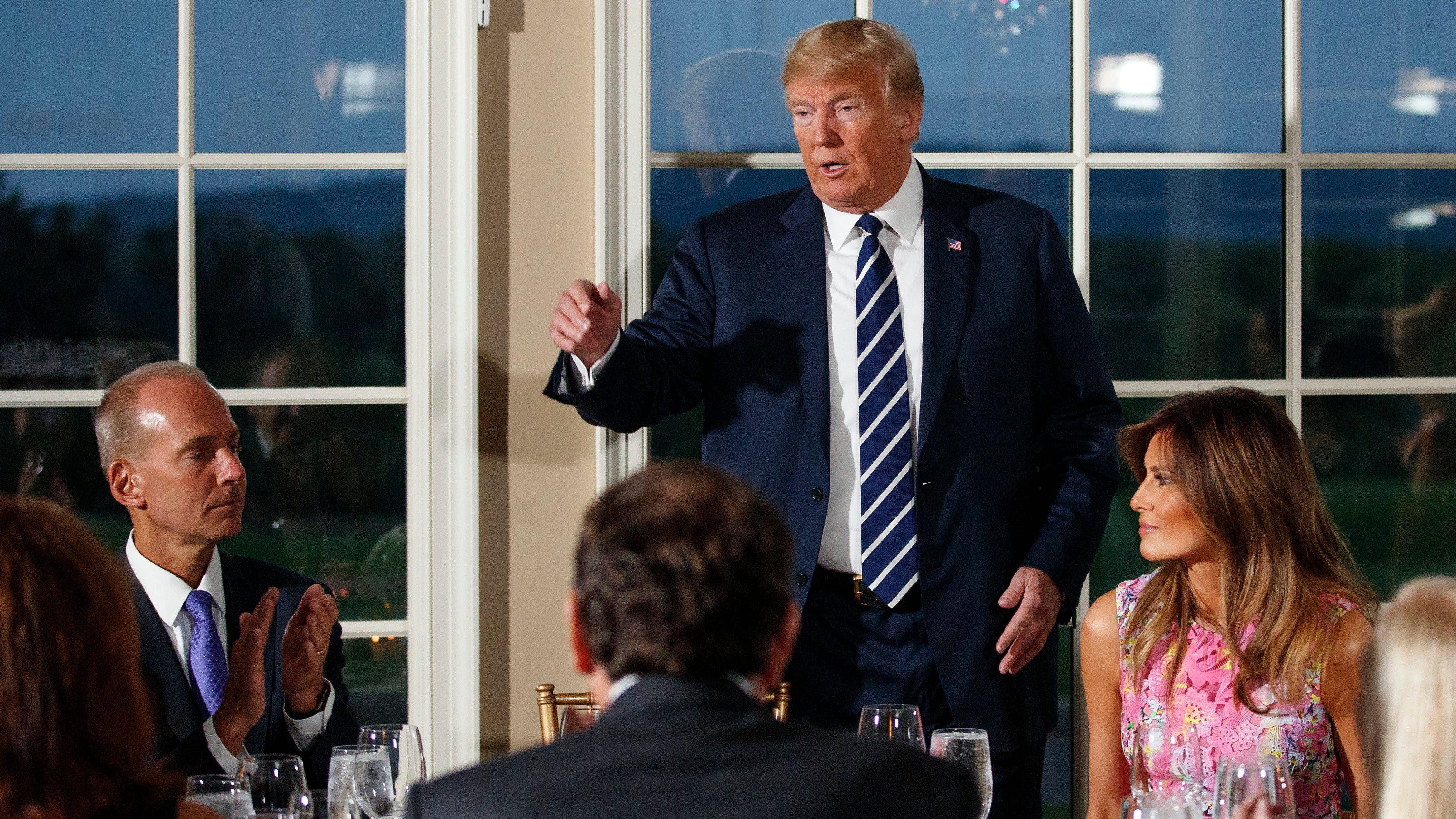 Trump blames violent spree in Chicago on 'bad leadership'