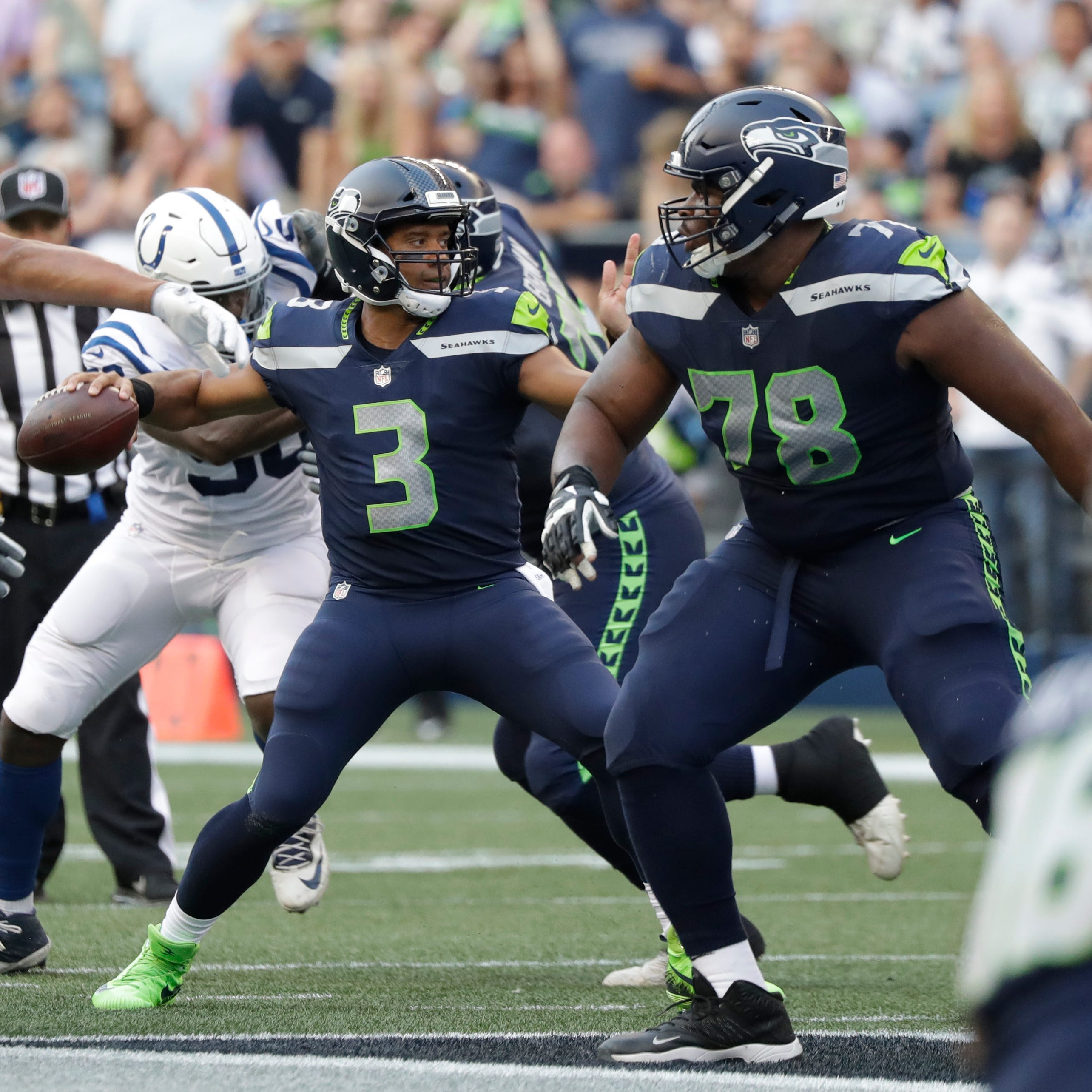 Shaquem Griffin, Russell Wilson impress as Seahawks open preseason