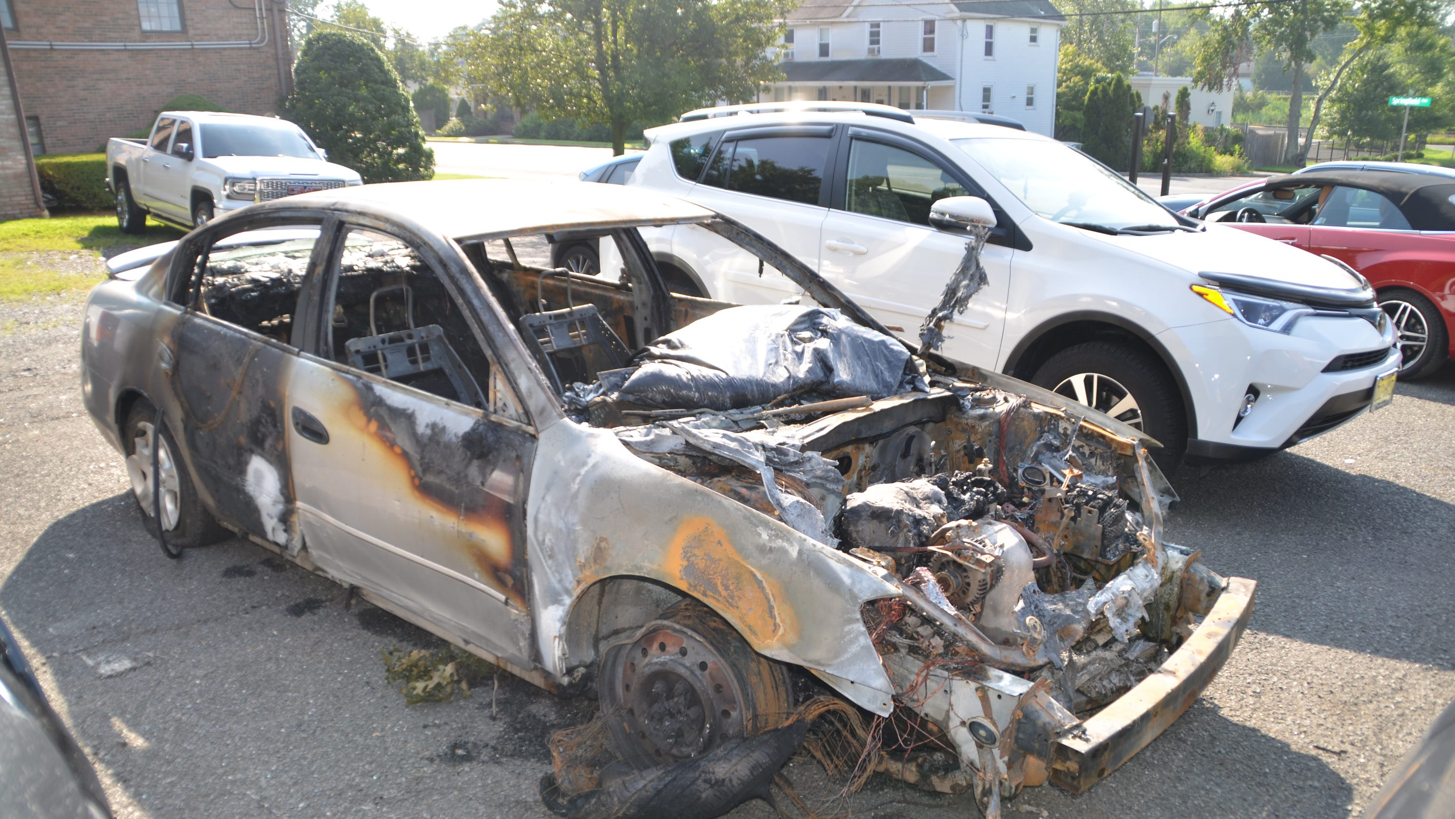 Mountainside high-speed crash on Route 22 results in fire