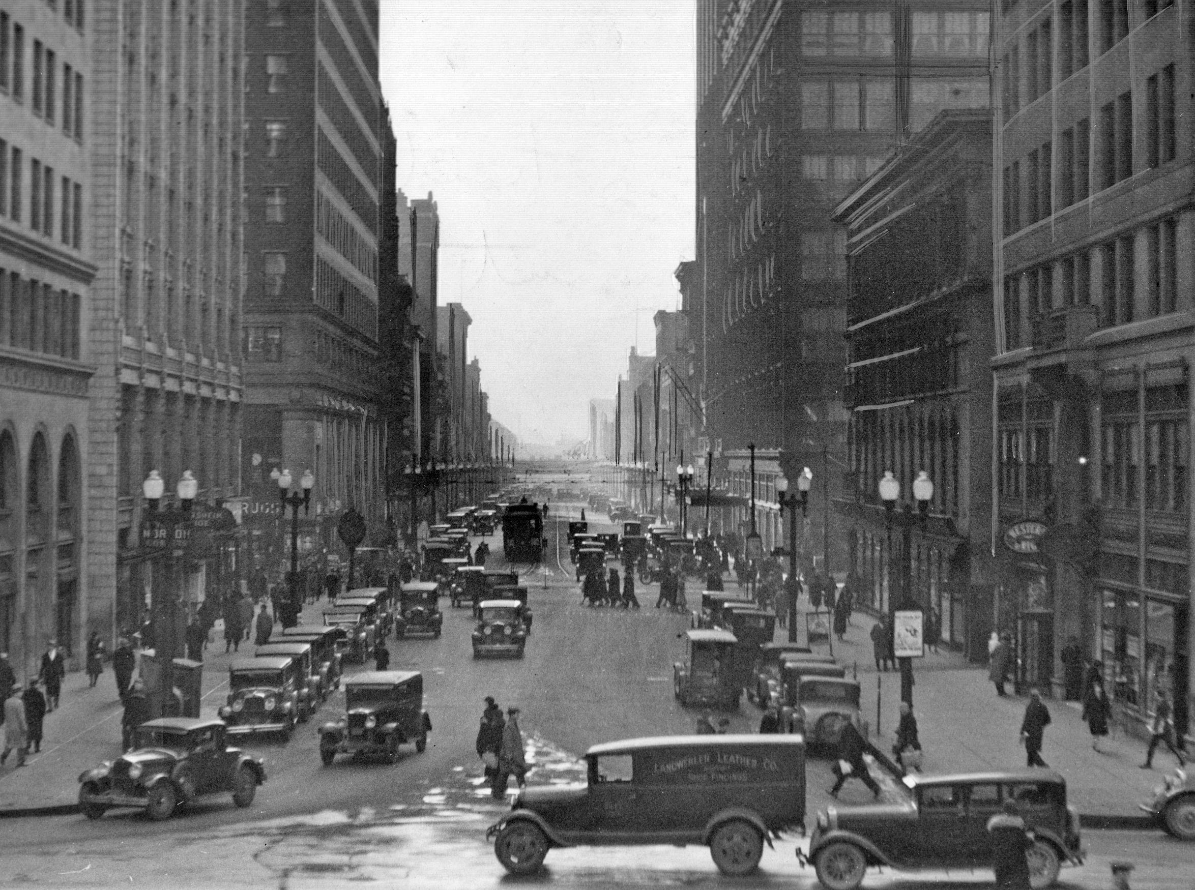 Meridian Street look south from the Soldiers & Sailors Monument August 29, 1936.