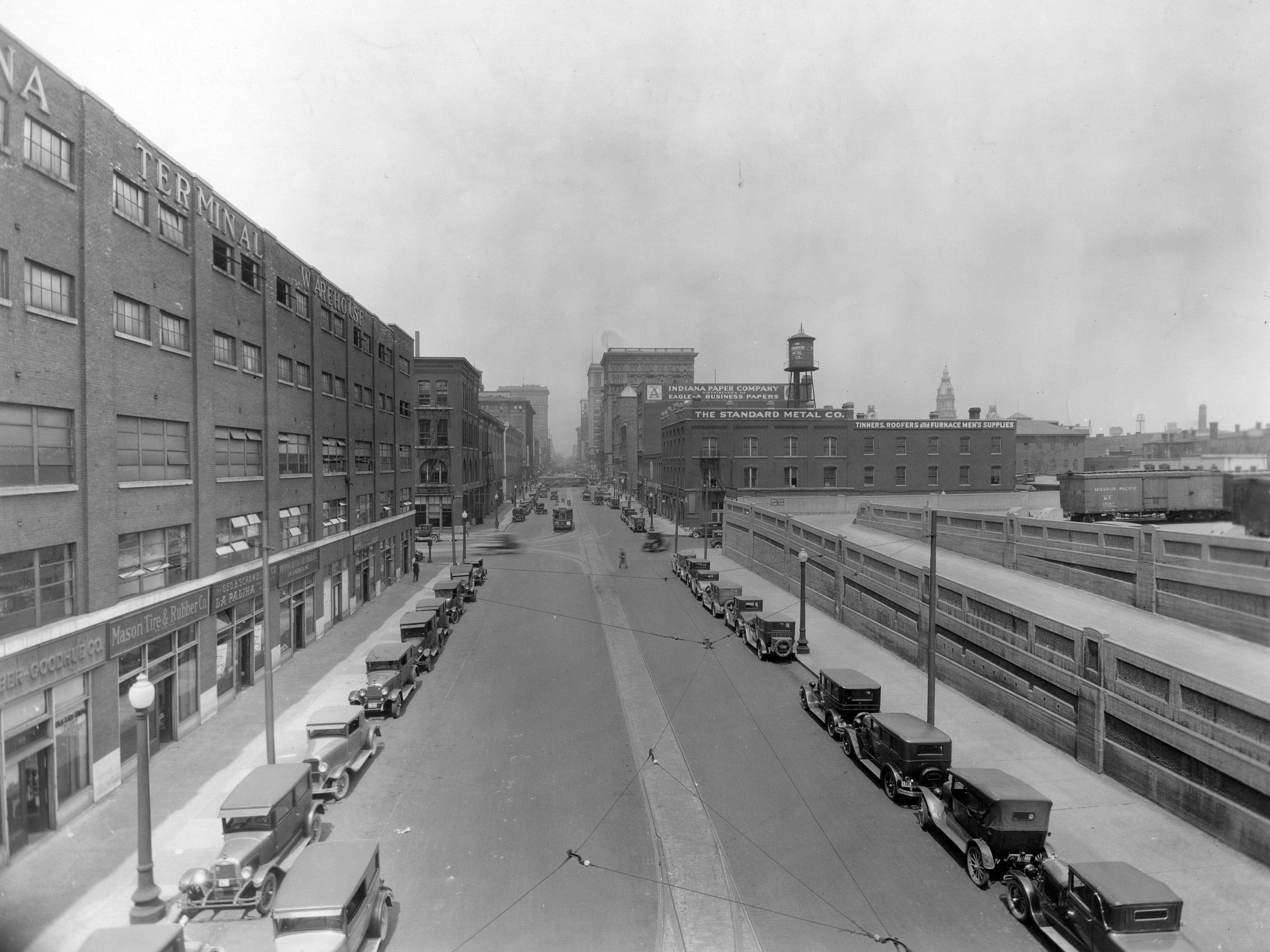 South Pennsylvania St looking north from the elevated railroad tracks. Date unknown, but possibly the 1920s.