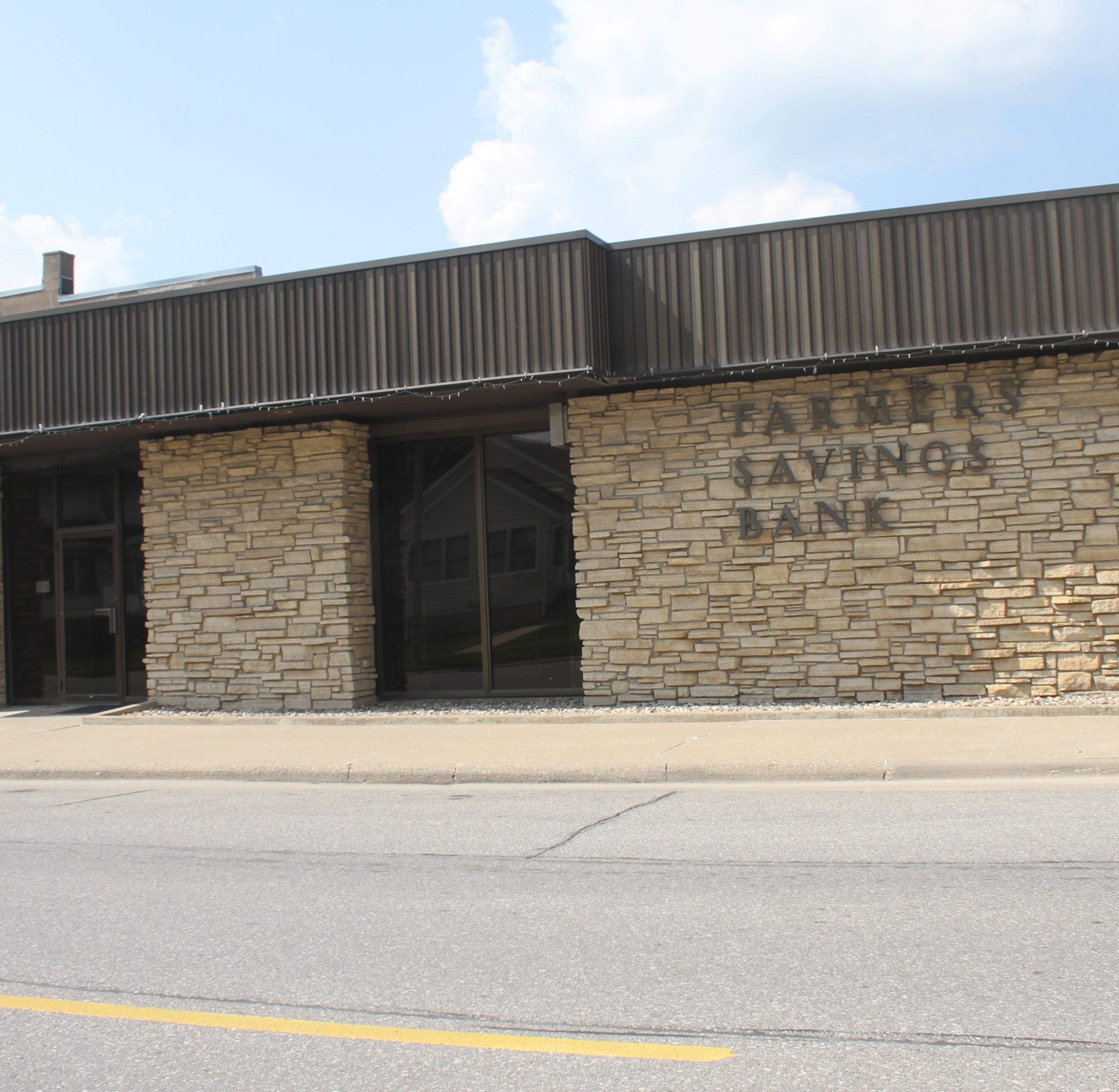 Farmers Savings Bank in Victor to merge with Keystone