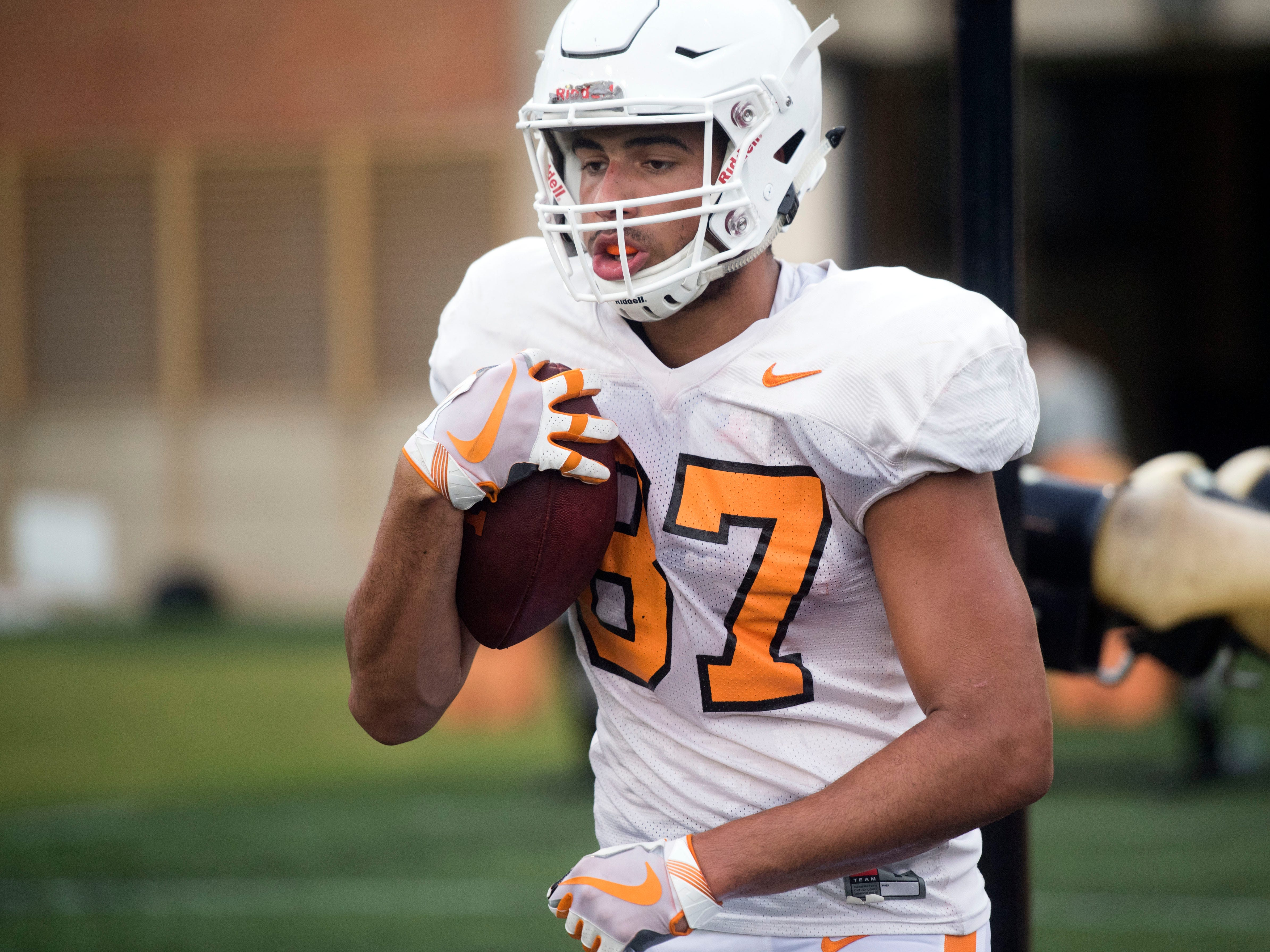 Tennessee tight end Jacob Warren run drill at football practice at Haslam Field on Thursday, August 9, 2018.