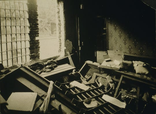 Interior of jailer's room Maurice Mays lynching. (Library of Congress)