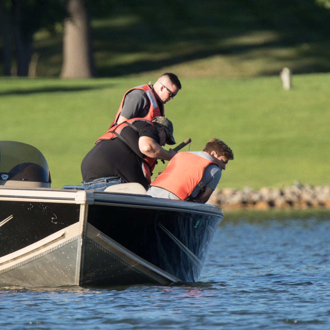 Dive team still searching for possible drowning victim at Lake Shannon