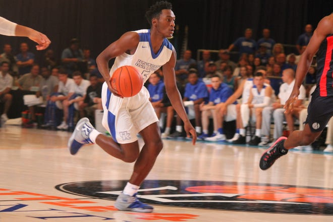 UK point guard Immanuel Quickley dribbles in a Bahamas exhibition against San Lorenzo De Almagro