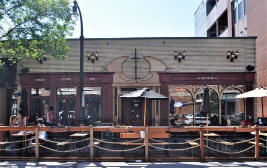 Three Lions Pub in Shorewood