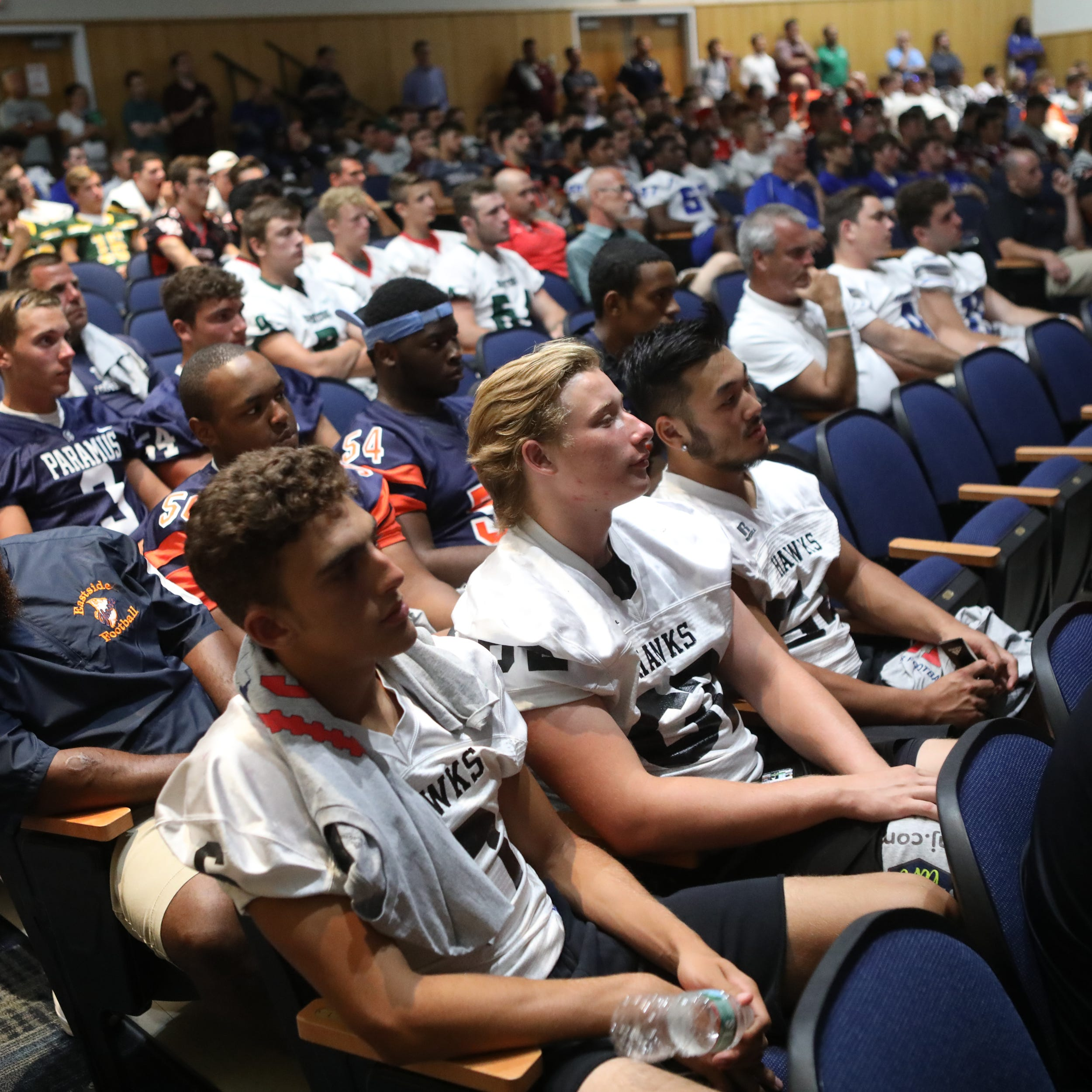 Former Penn State star inspires athletes at Super Football Conference Media Day