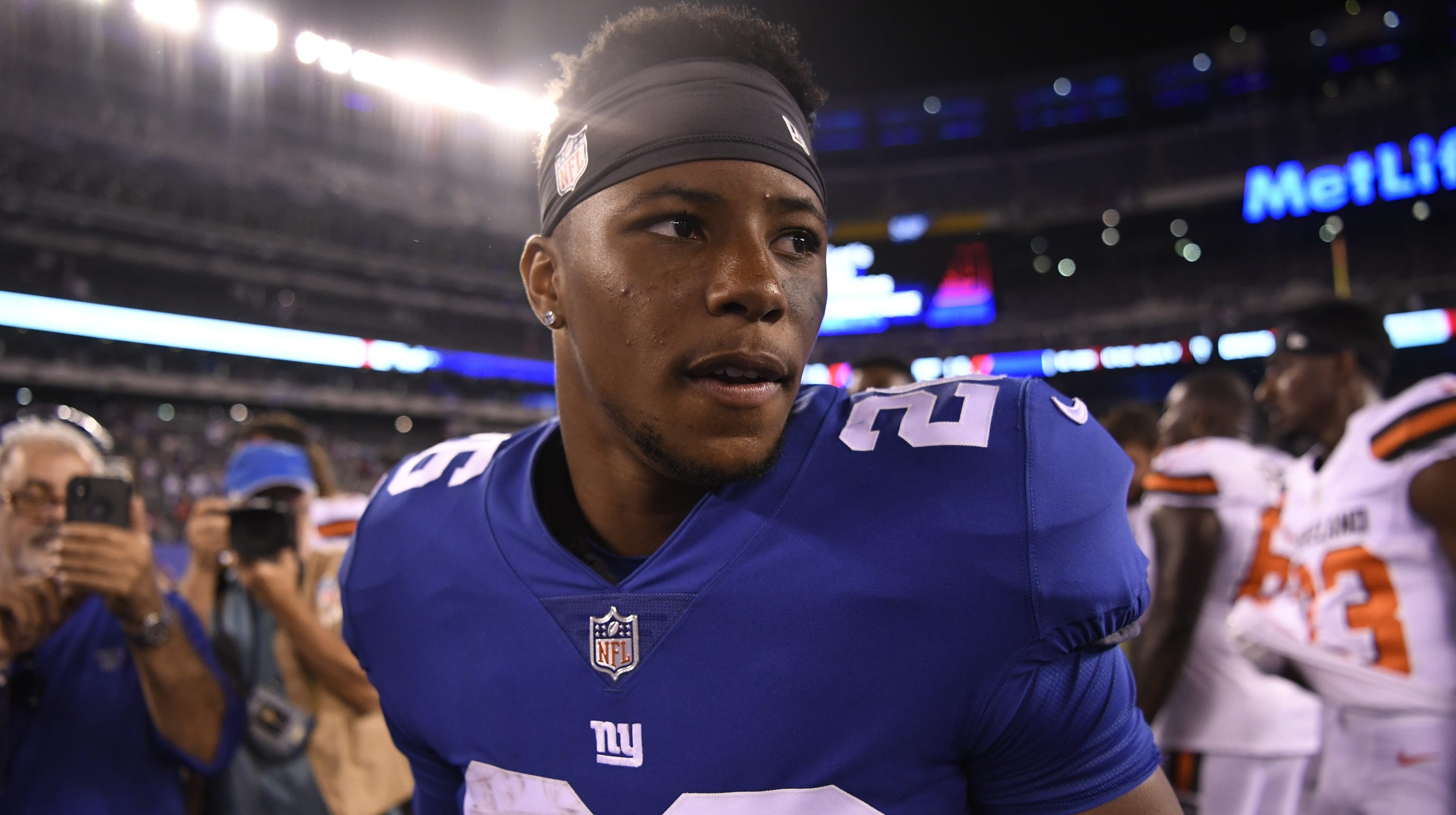 1a741c0665d Saquon Barkley wows at NY Giants practice with big catch followed by first  scare of camp