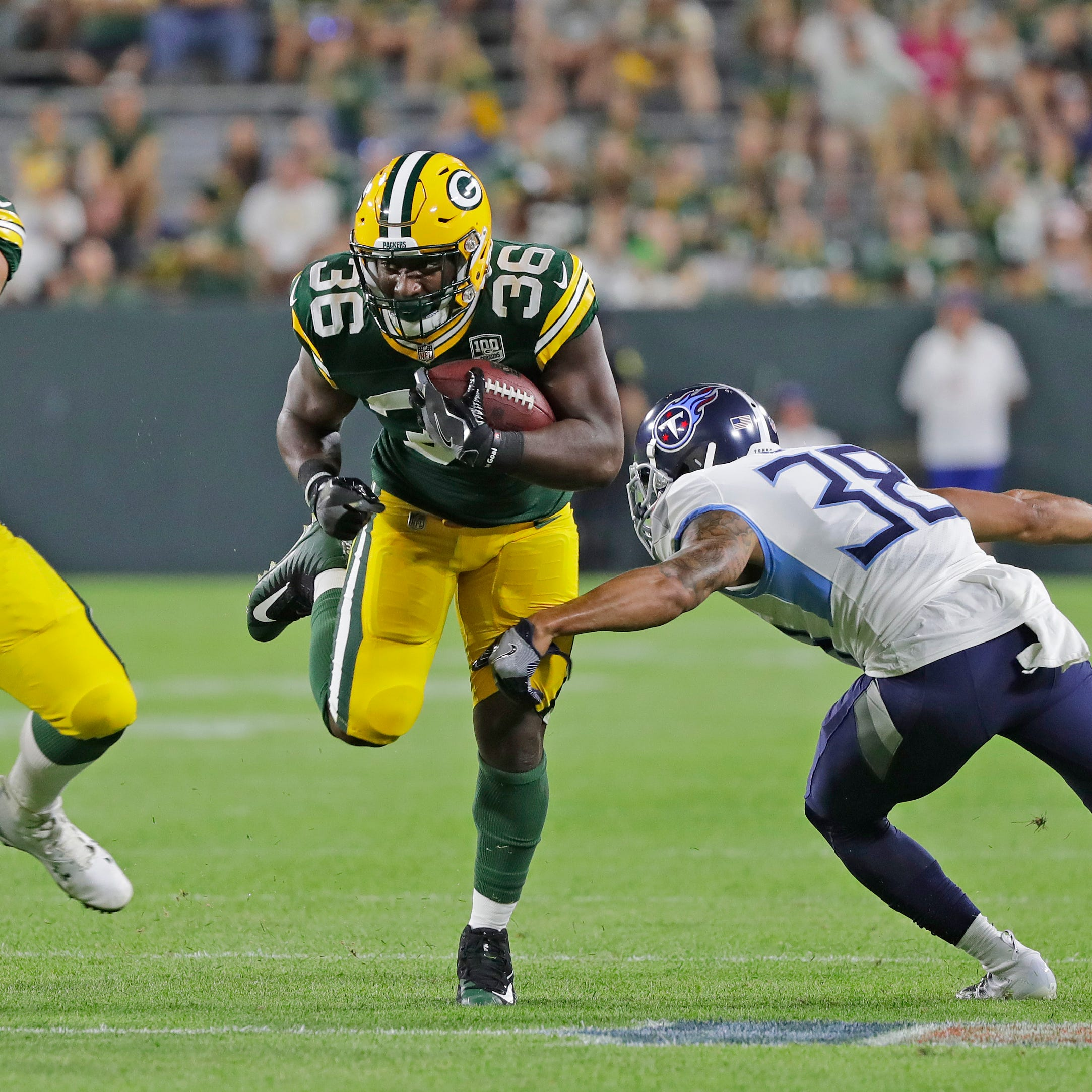 Shorthanded Packers scrambling to acquire more running back depth