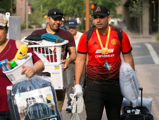Asu Students Move In