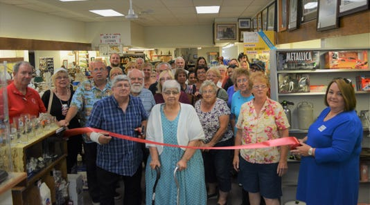 The Shoppes On Mill Street Ribbon Cutting