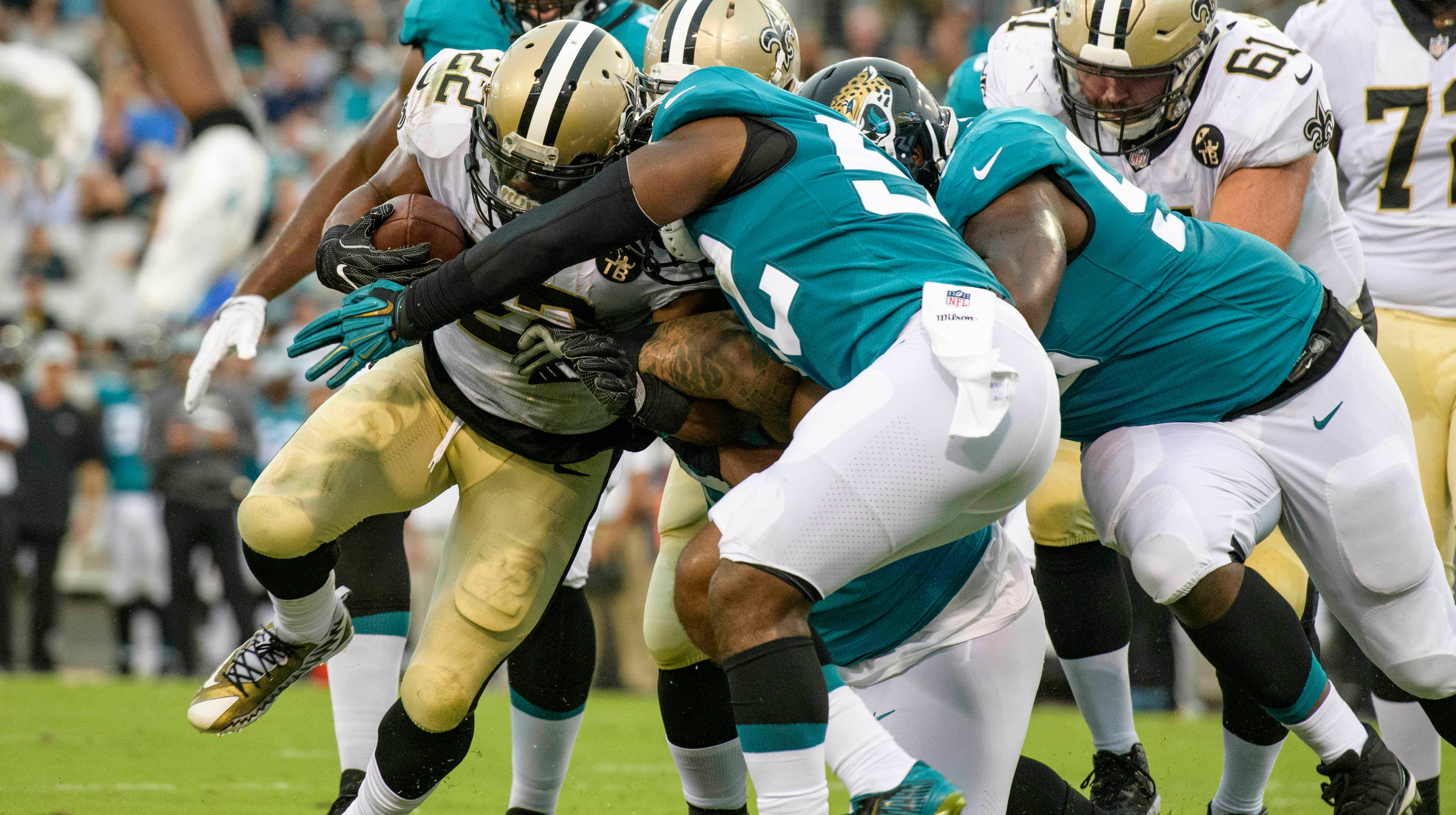 New Orleans running back Mark Ingram runs seven times for 23 yards and a touchdown.