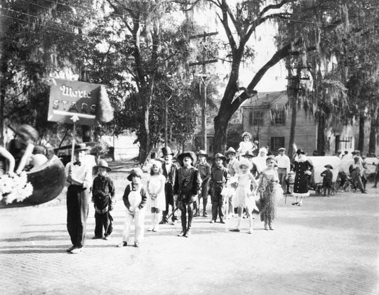 A reported 1,000 children dressed as Hollywood stars during the most popular parade of Tallahassee's 1924 centennial celebration.