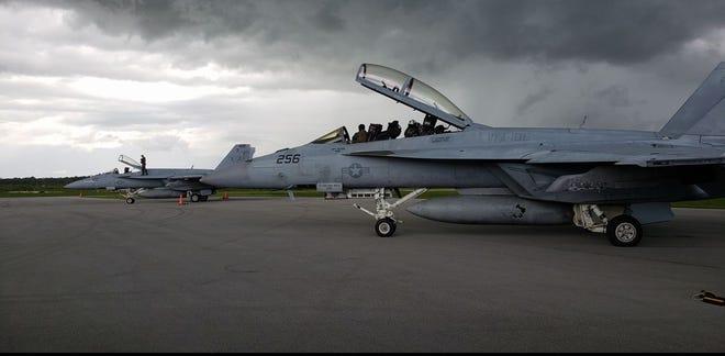 Naval jets make pit stop in Vero Beach