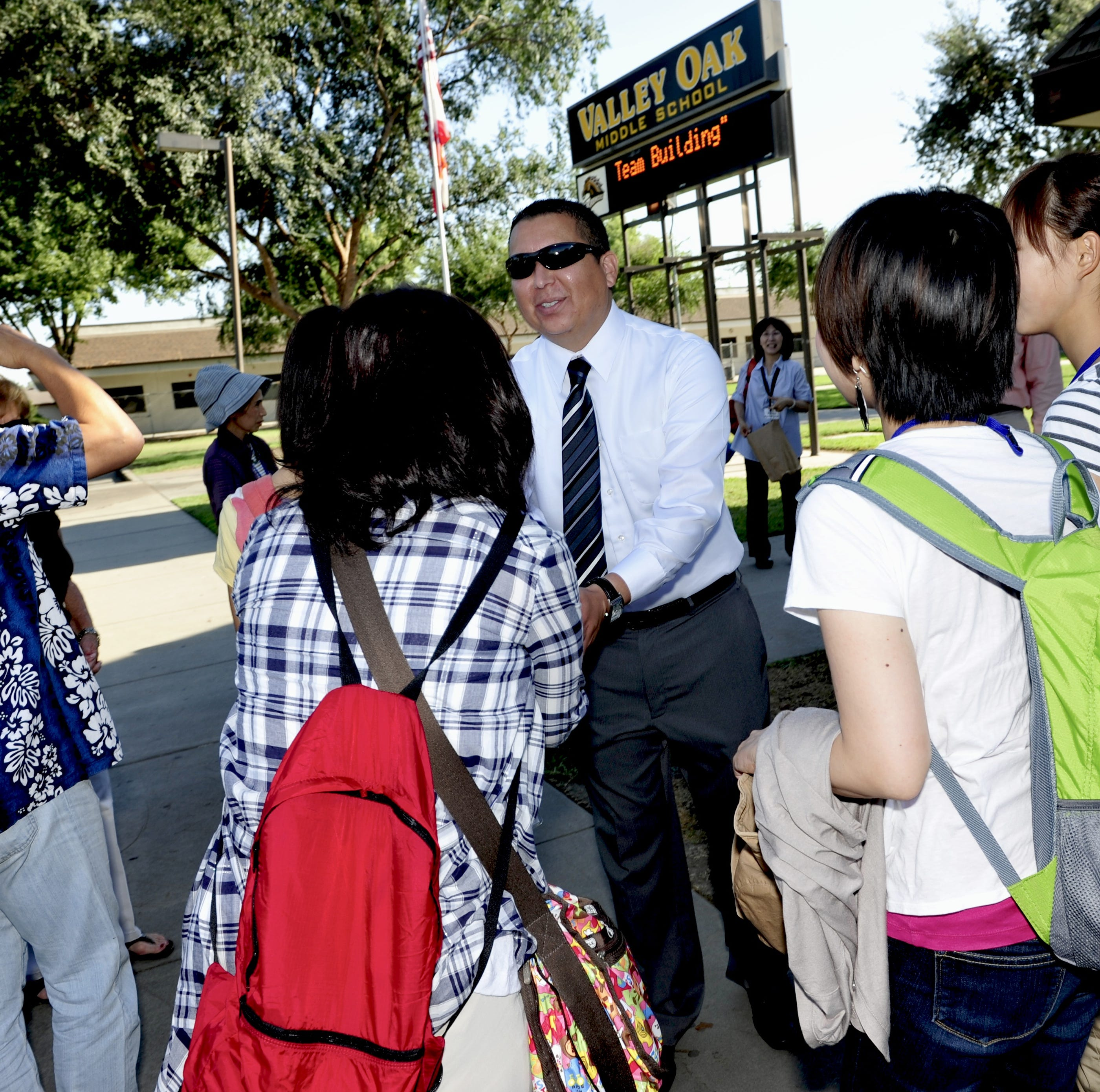 Valley Oak principal resigns, VUSD begins search for new leader