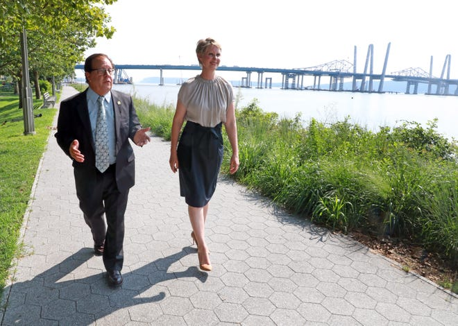 From left, Assemblyman Tom Abinanti and former Sex and the City star, Cynthia Nixon take a stroll along Pierson Riverfront Park Riverwalk in Tarrytown Aug. 10, 2018. Assemblyman Abinanti announces his endorsement for Nixon in her bid to become governor.