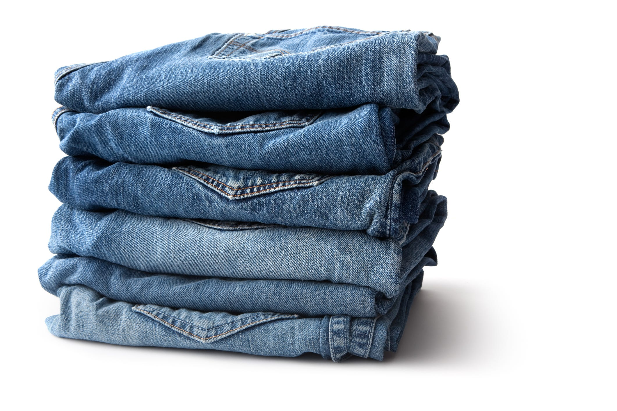 Report: Lee, Wrangler owner may exit the jeans business