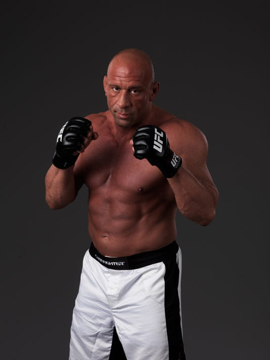 Former UFC champ Mark Coleman says he was victimized by Ohio State doctor
