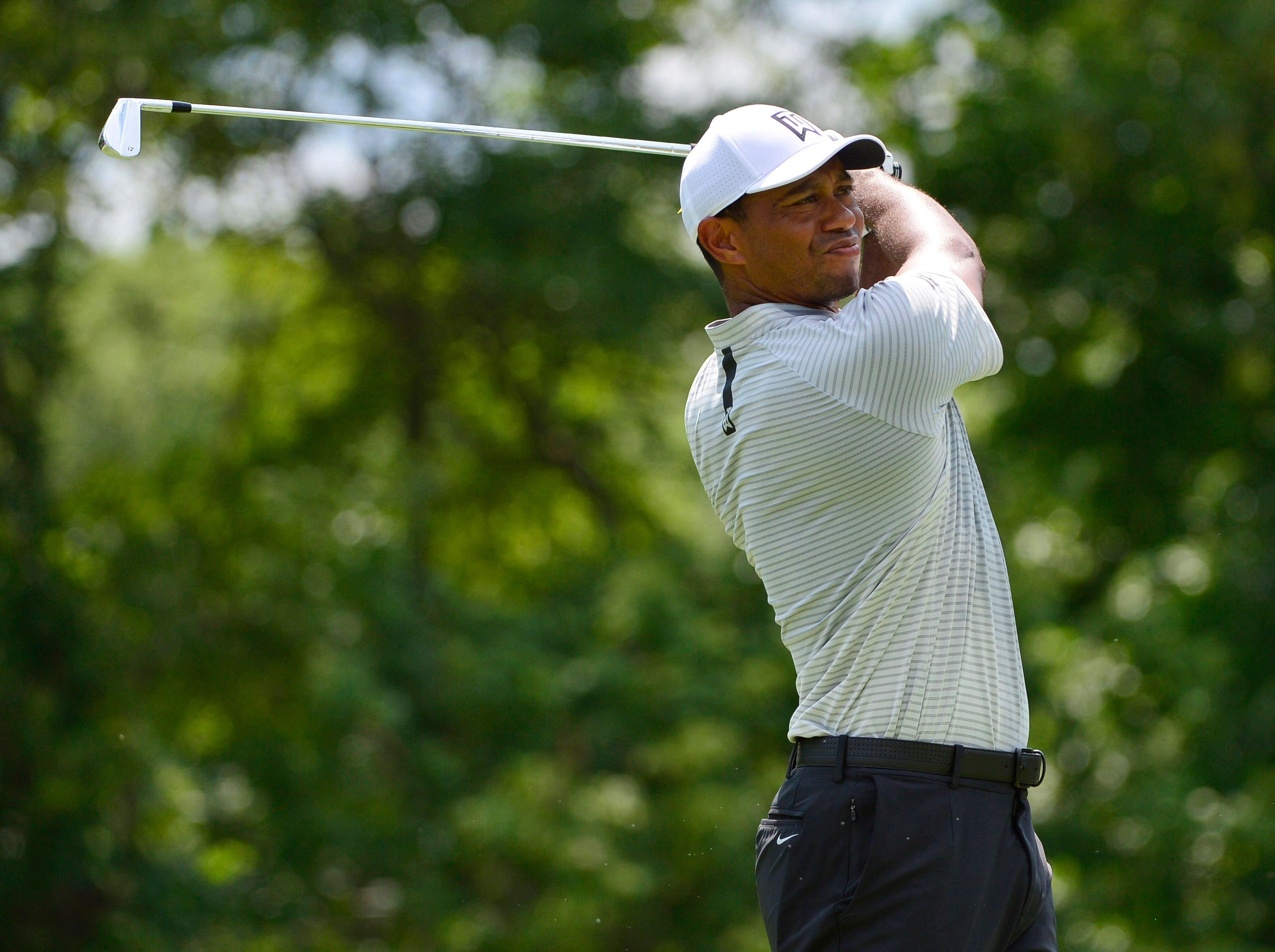 Tiger Woods goes low but will need to dig deep at PGA Championship