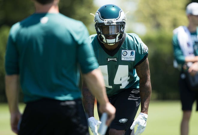 Eagles wide receiver Mike Wallace runs a drill during minicamp in June.