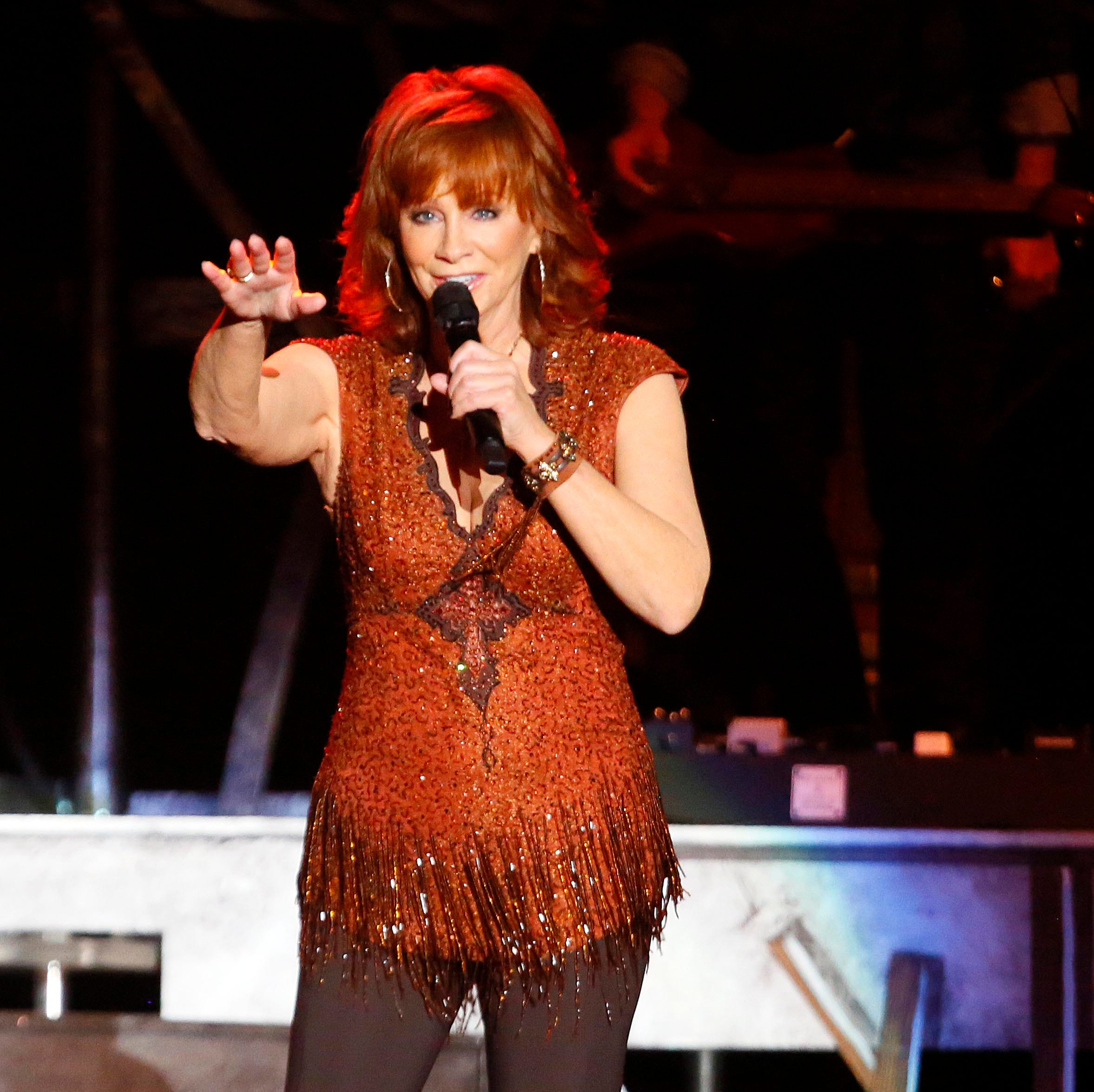 For a Grandstand crowd of 14,000, Reba McEntire is Iowa State Fair royalty