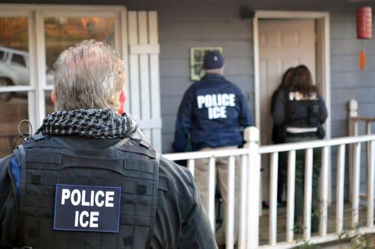 ICE agents raid a home in Atlanta, Georgia