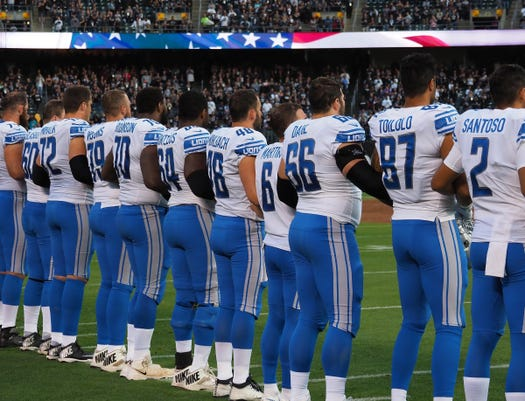 Detroit Lions link arms during national anthem before Raiders game 3ae5f091ea9