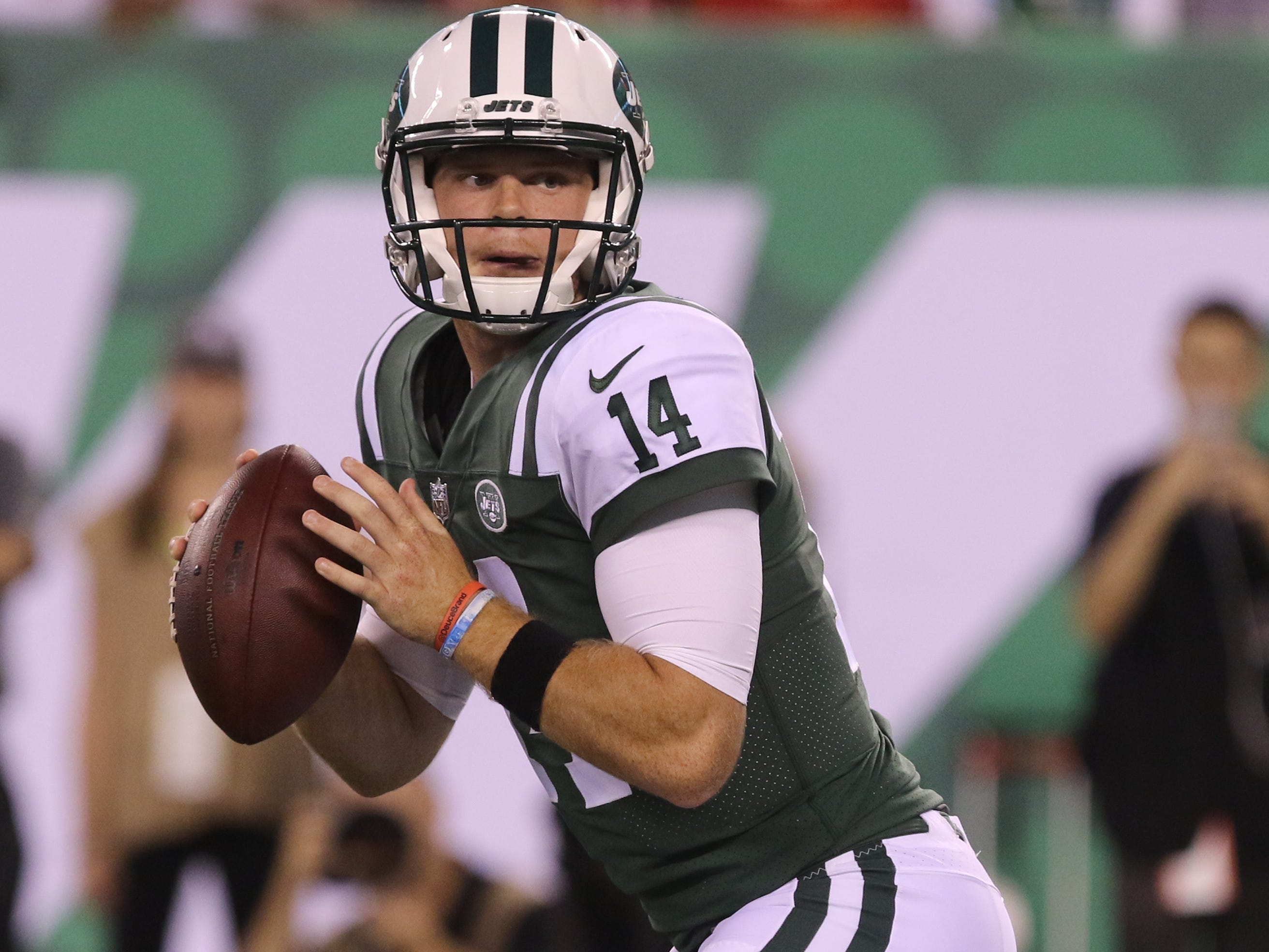 Sam Darnold during his first series as quarterback in  the preseason game against the Atlanta Falcons on Friday, Aug. 10, 2018 at MetLife Stadium, East Rutherford.