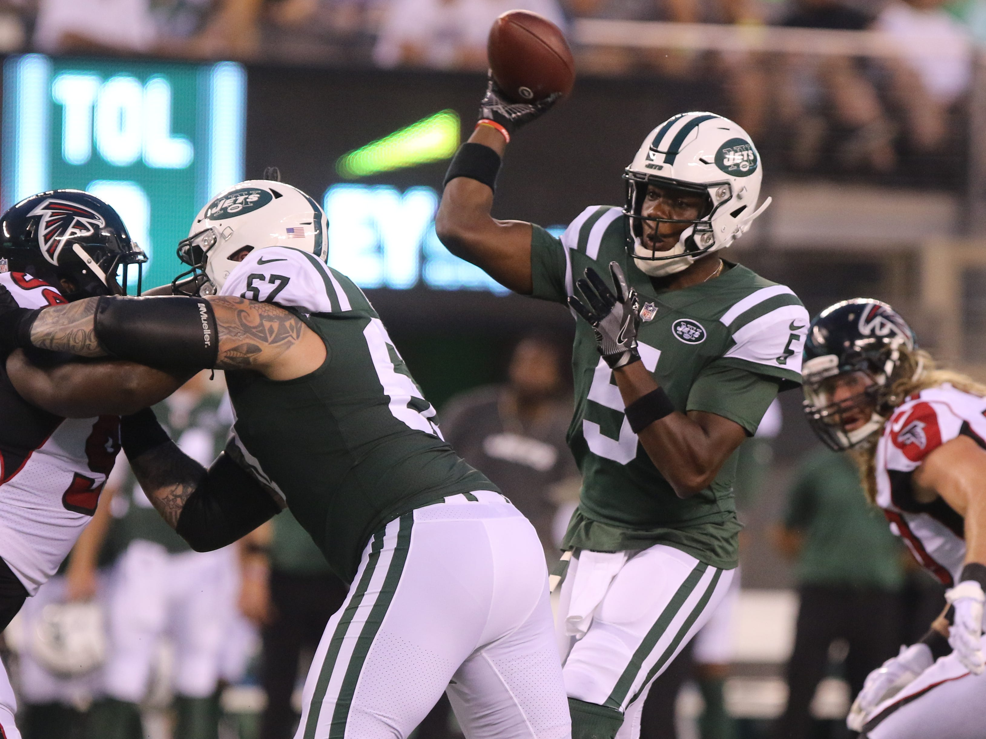 Jets quarterback Teddy Bridgewater led his team down the field for a first half touchdown in a preseason game against the Atlanta Falcons at MetLife Stadium on Friday, Aug. 10, 2018 in East Rutherford.