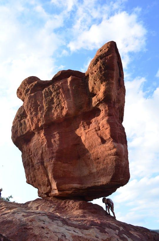 Balancing Rock at Garden of the Gods park in Colorado Springs, Colorado.