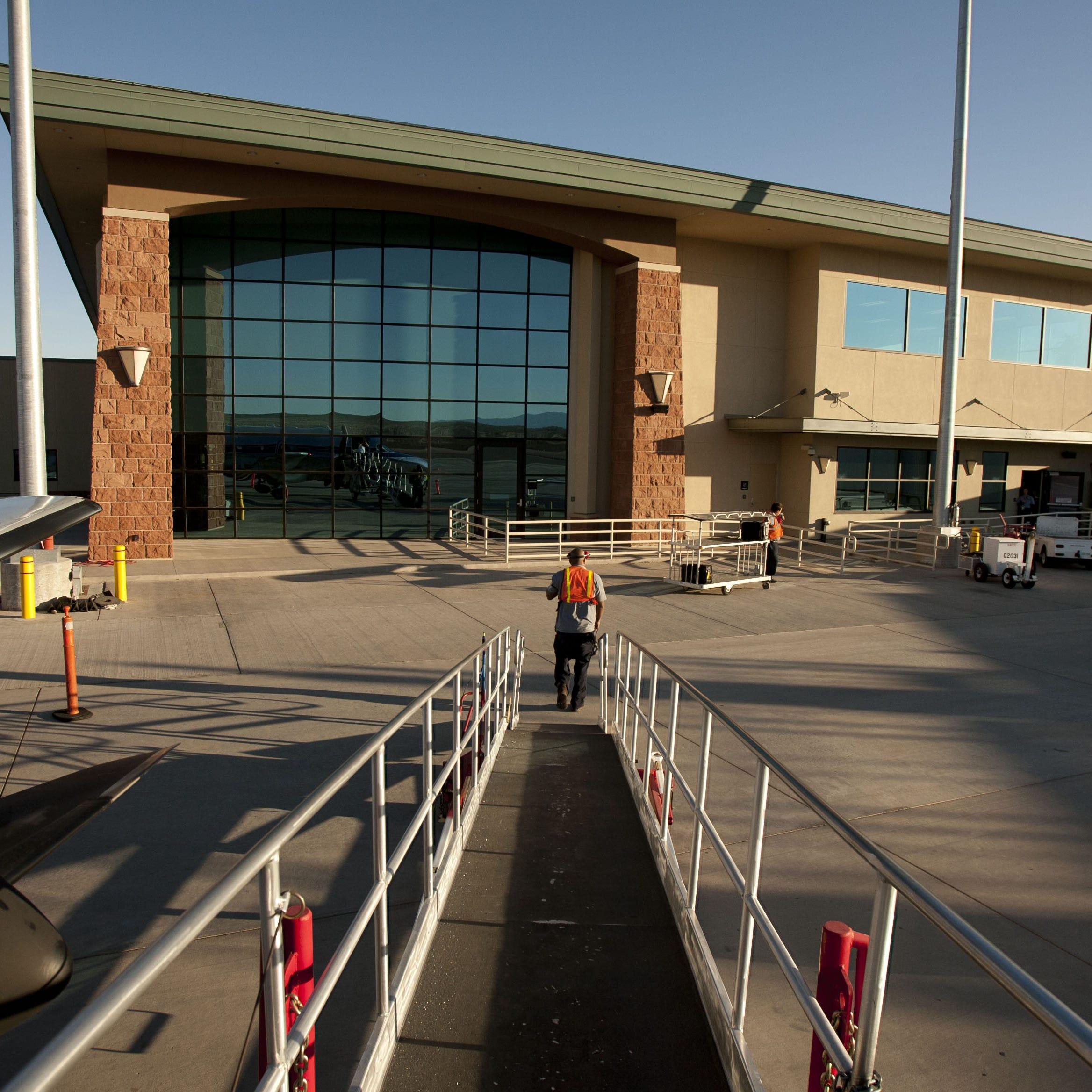 Southern Utah pilot killed in plane crash at St. George Regional Airport