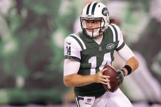 Sam Darnold impressive in New York Jets debut in preseason opener 2de9fea07