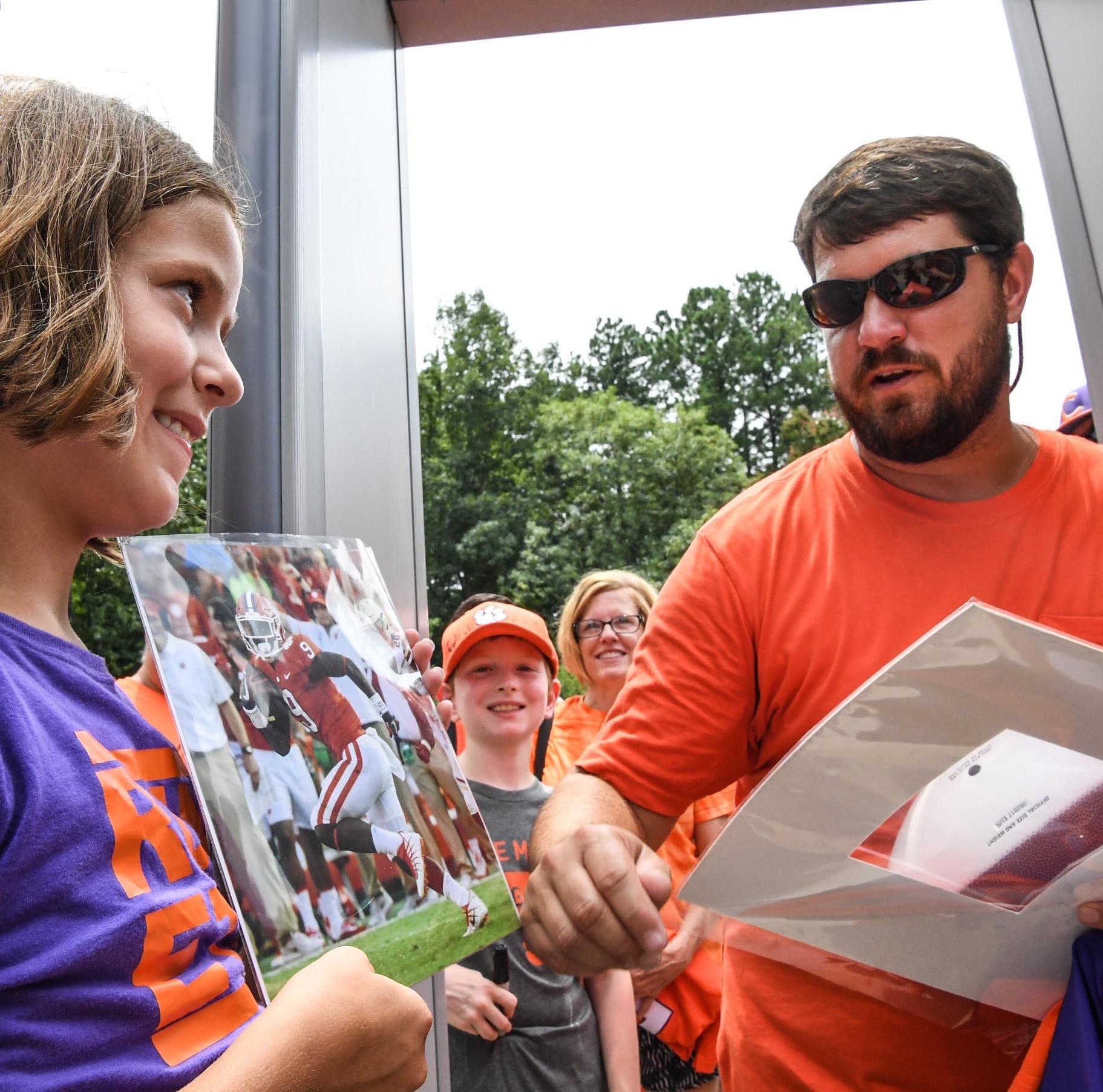 Fan Day provides bonding experience for Clemson football-loving families
