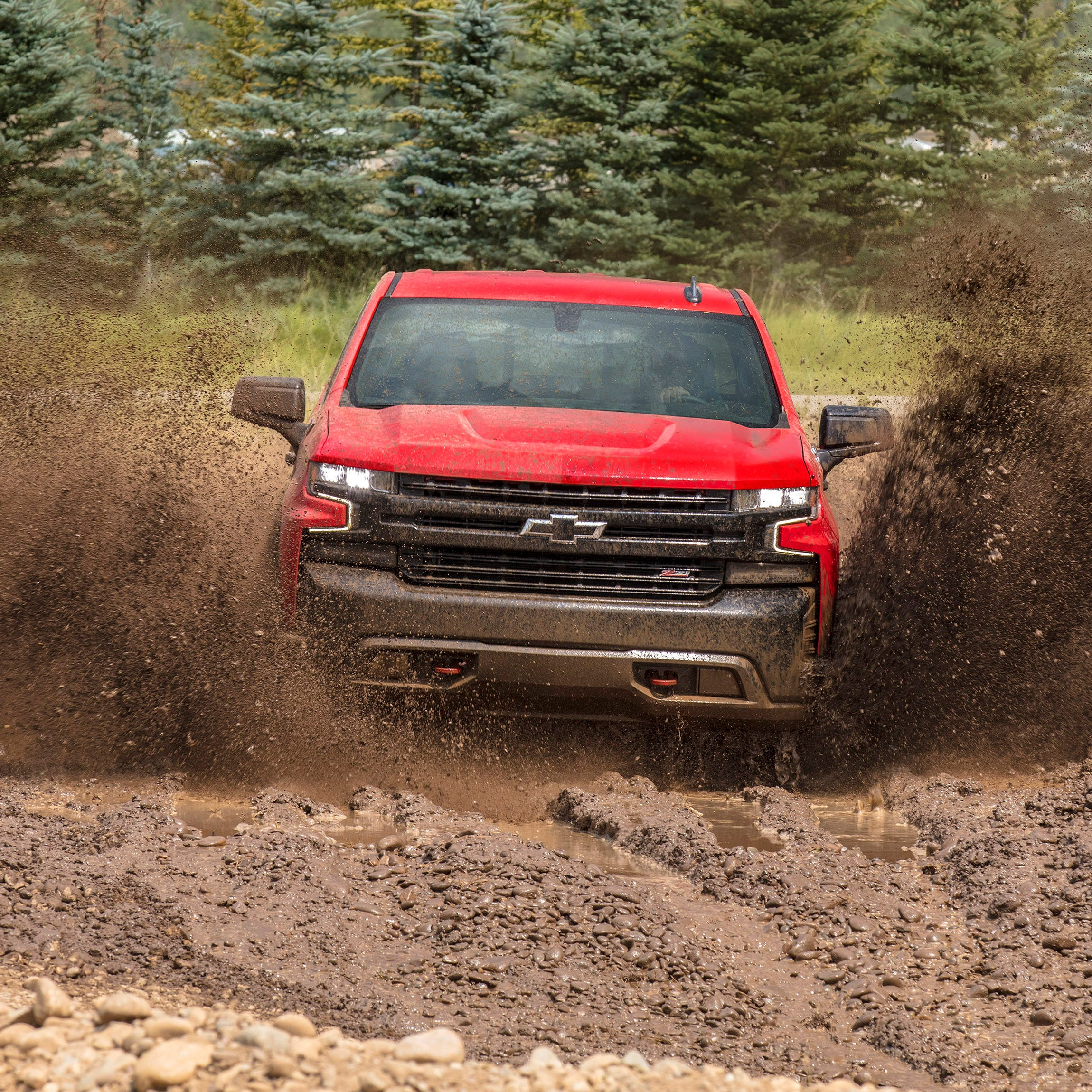 First Drive: 2019 Chevy Silverado has great engineering, OK interior