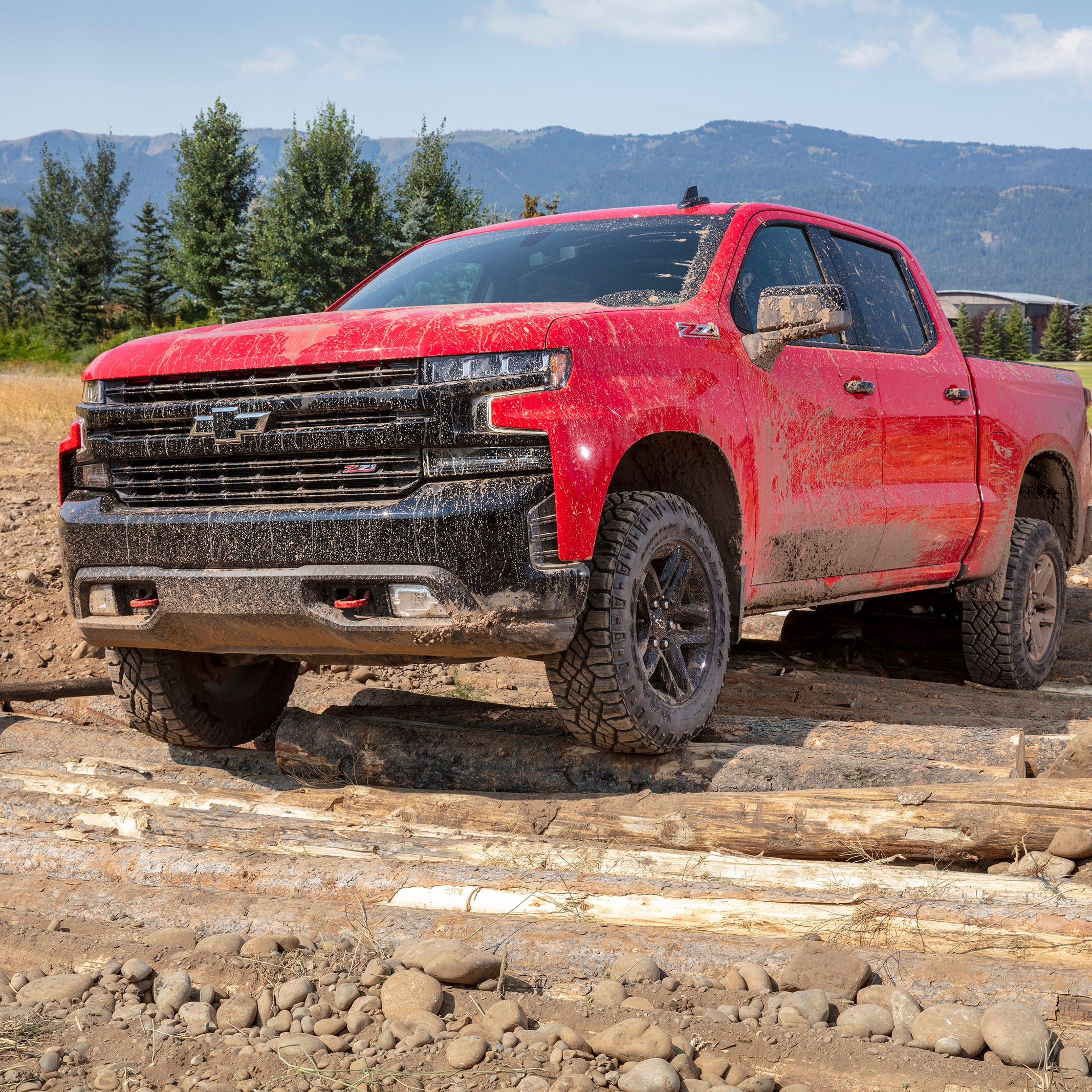 Truck war 'out of control' as 2019 Ram 1500 squeezes Chevy Silverado