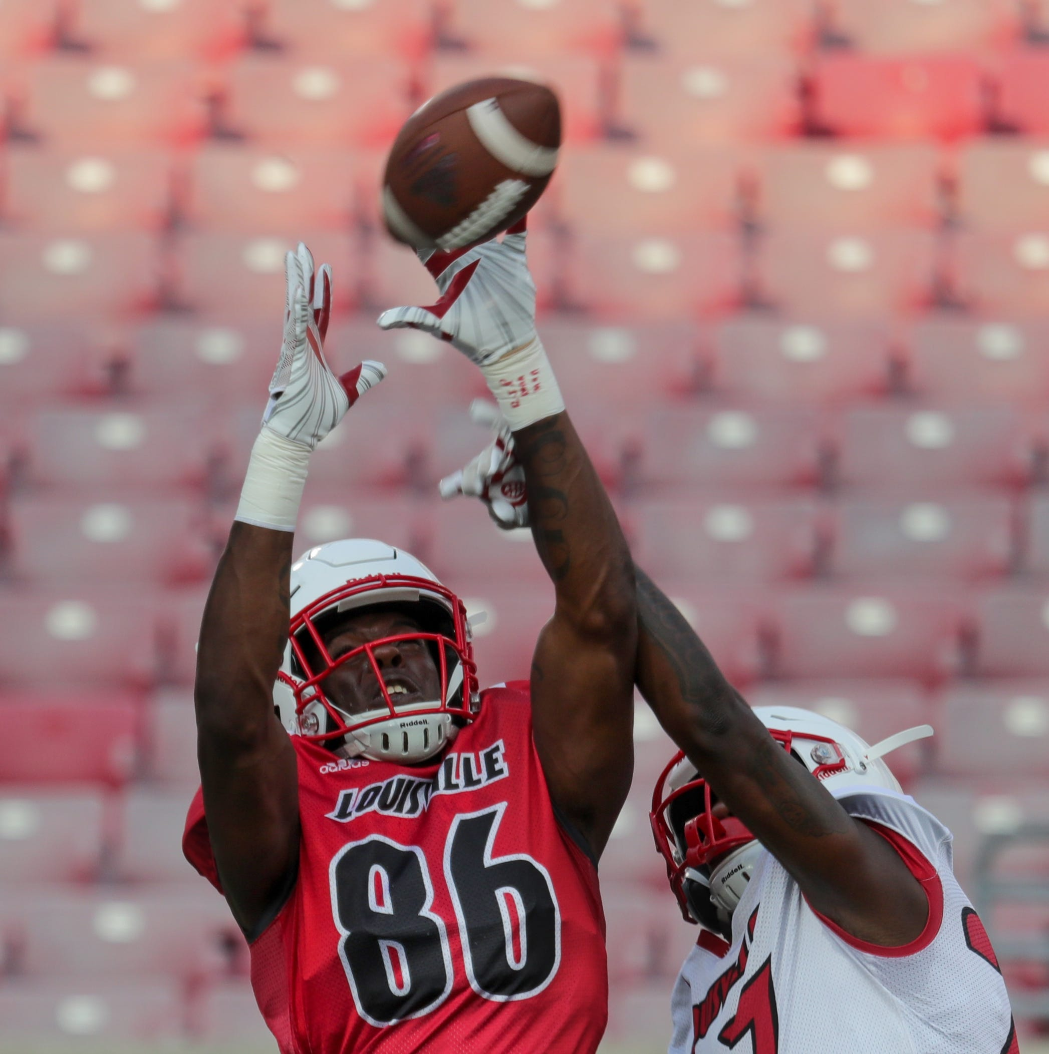 Freshmen stand out in Louisville football's first preseason scrimmage